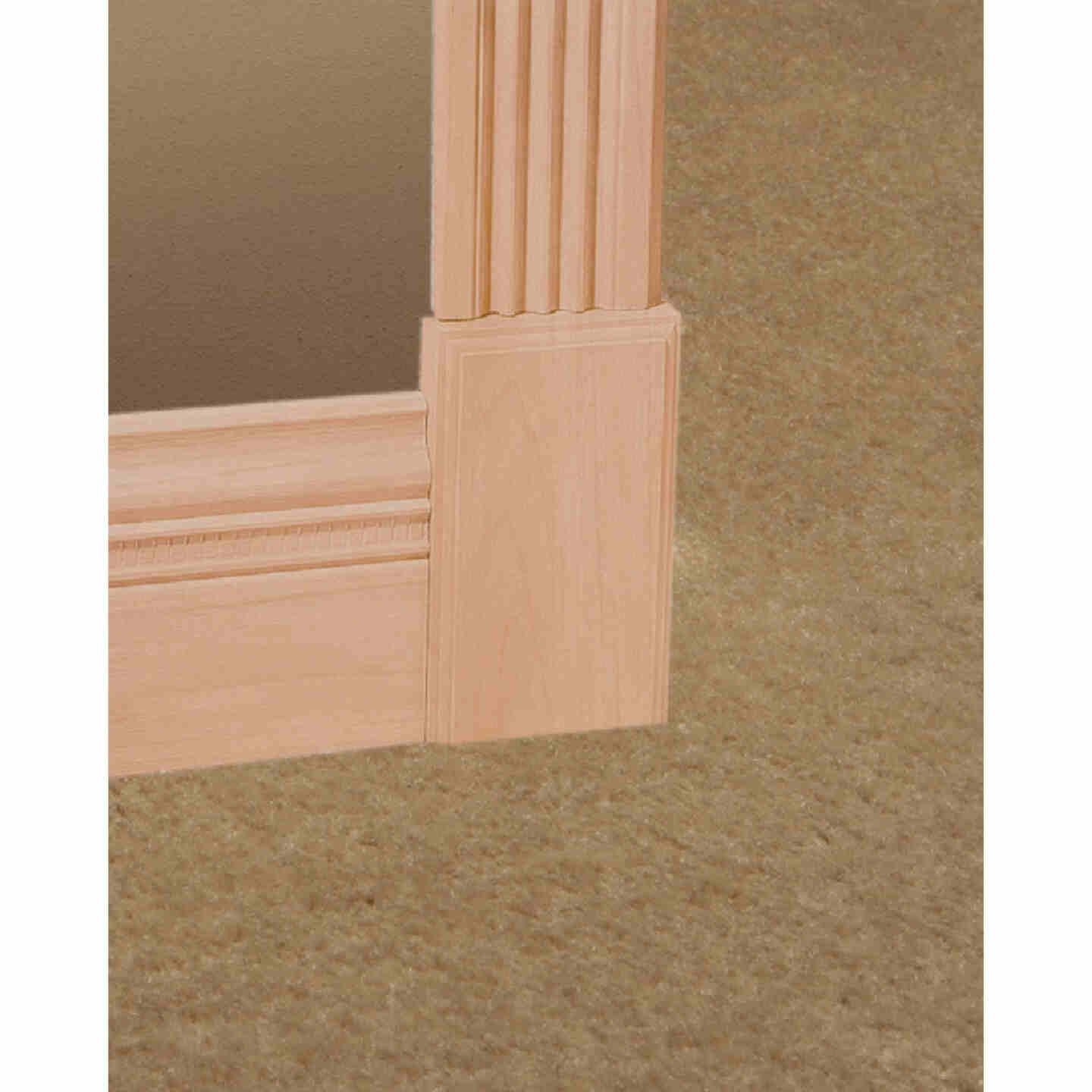 House of Fara 3/4 In. x 3/4 In. 8 Ft. Solid Red Oak Cove Molding Image 2