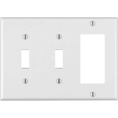 Leviton Decora 3-Gang Thermoset 2-Toggle/Rocker Wall Plate, White