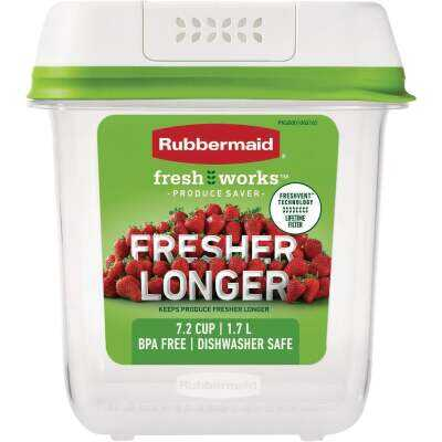 Rubbermaid FreshWorks Produce Saver 7.2 C. Clear Medium Food Storage Container